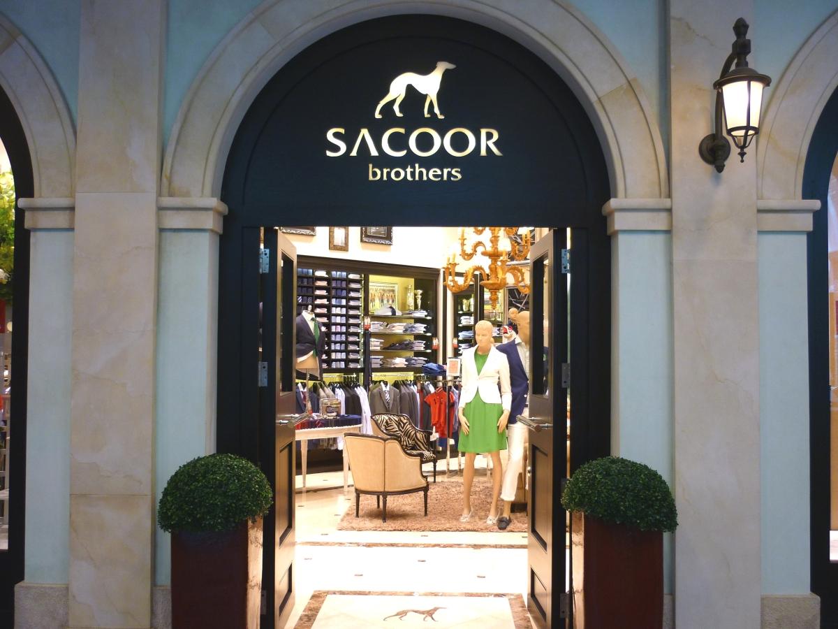Gostaria de trabalhar na Sacoor Brothers? Há vagas para part-time e full-time
